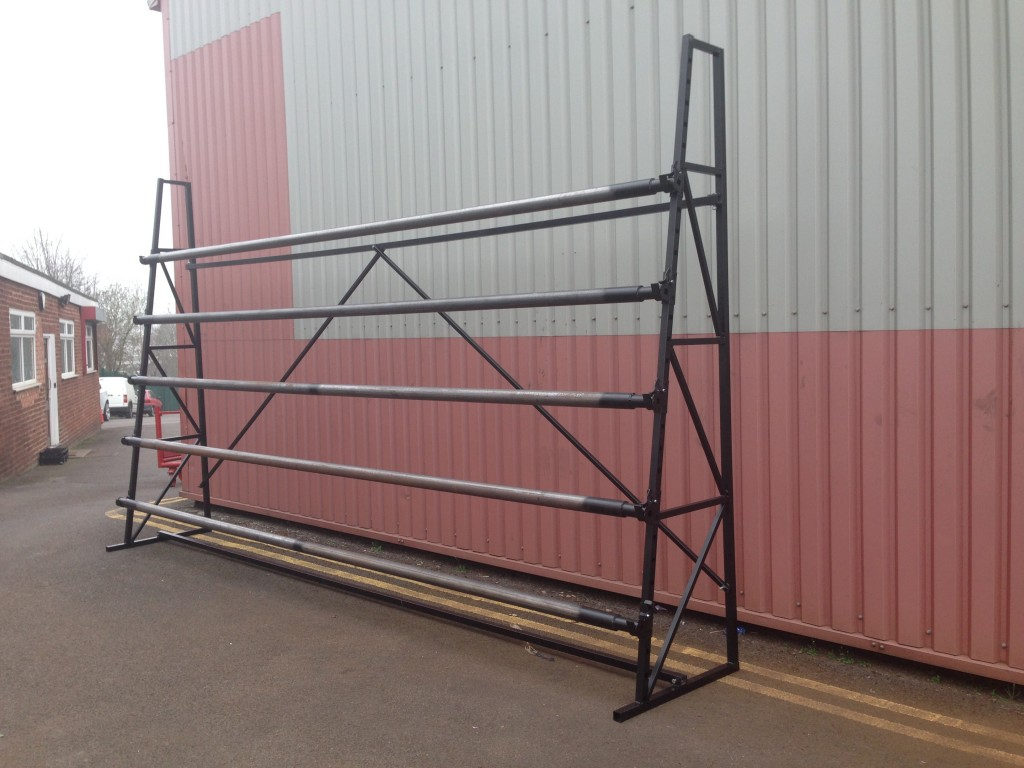 SINGLE SIDED 5 ROLL CARPET STANDS 5M