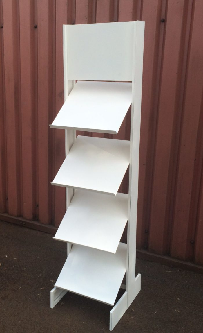 GRASS STAND SAMPLE LECTURN 4 TIER