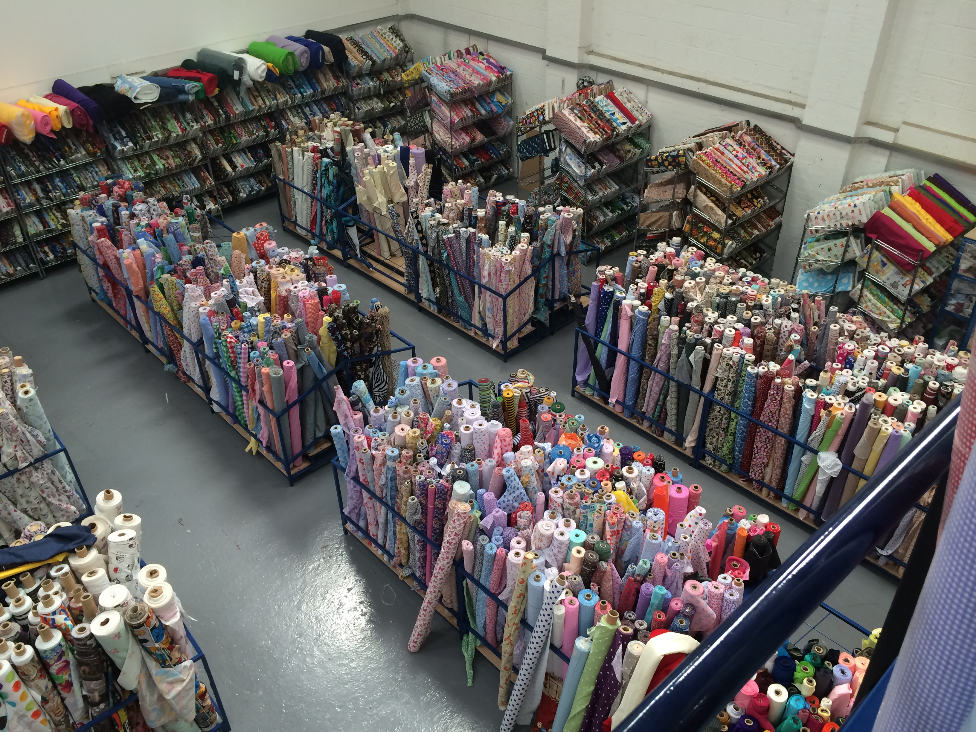 Fabric Roll Stand 1 5m X 1 5m Wide Uk Display Stands