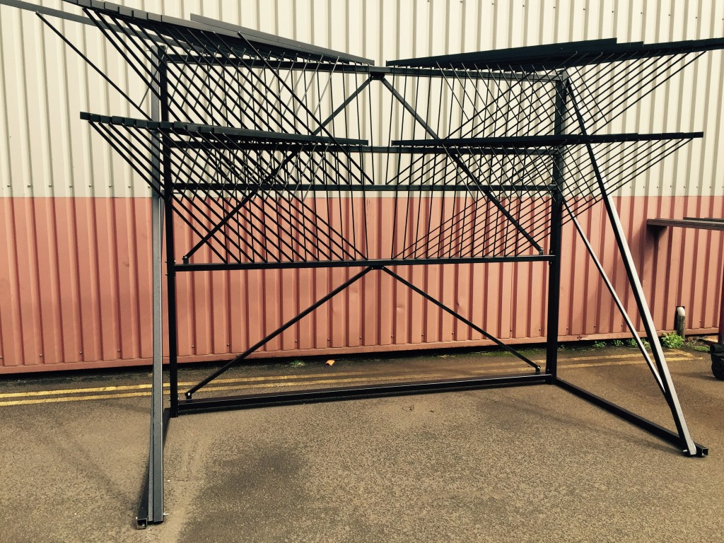 8 X 5 - 6 X 4 DOUBLE TIER RUG STAND